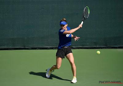 Naast Elise Mertens heeft ook de topfavoriete zich, na 2,5 uur, geplaatst voor de achtste finales