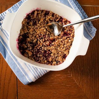 Breakfast Berry Apple Crisp
