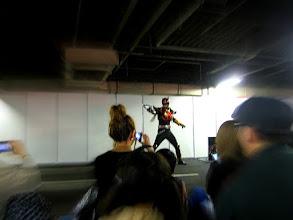 Photo: 若々しいネイガーがブリコガンを放つ☆
