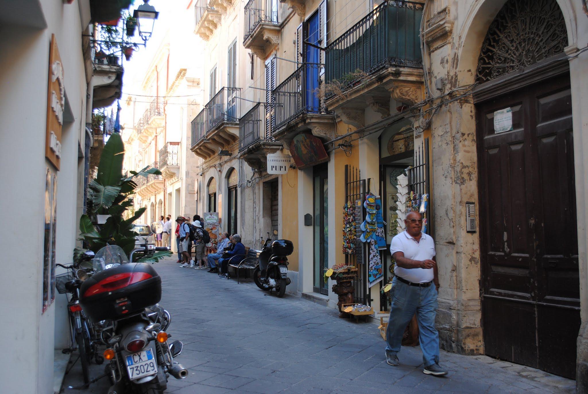 My Photos: Italy -- Sicily -- Siracusa -- Teatro dei Pupi