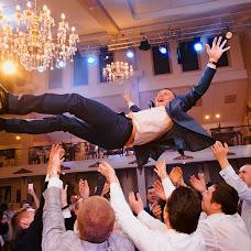 Wedding photographer Evgeniy Golikov (Picassa). Photo of 22.12.2015