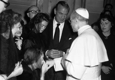 Gary Cooper y su familia con Pío XII