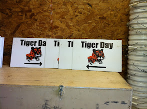 Photo: Tiger day signs
