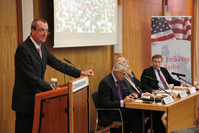 Botschafter Murphy spricht in der Commerzbank