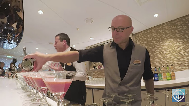 Mixologists do their thing at Harmony of the Seas' Wonderland.