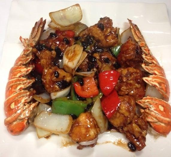 Photo of Ho Chow Restaurant - Fremont, CA, United States. Lobster with Black Bean Sauce