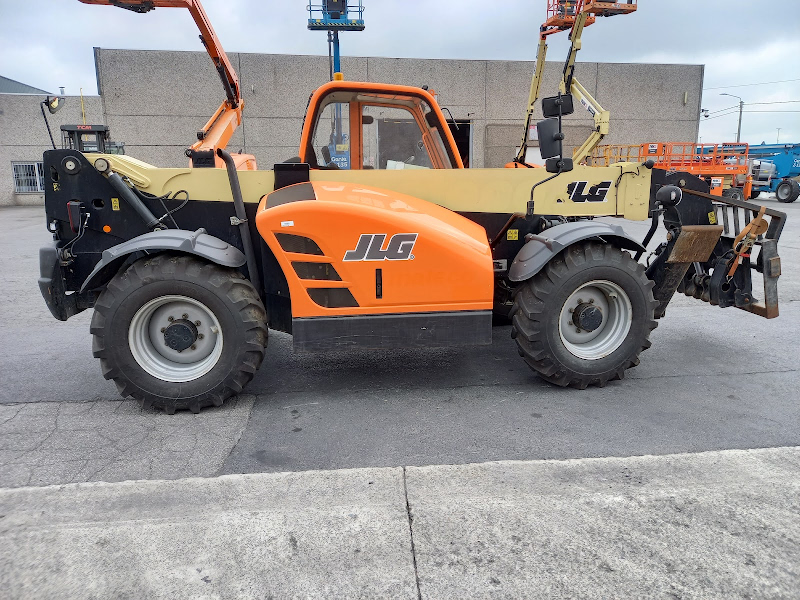 Picture of a JLG 4014PS