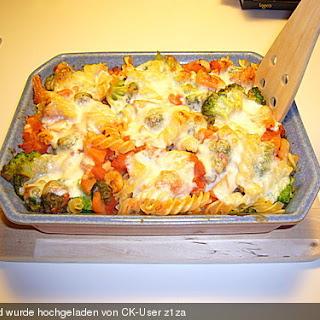 Pasta - Brokkoli - Tofu - Auflauf.
