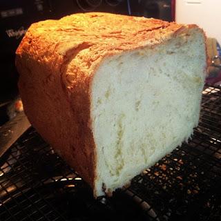 Recipe for Gluten-Free Bread in a Bread Machine - Quick and Easy.
