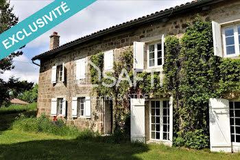maison à Issarlès (07)