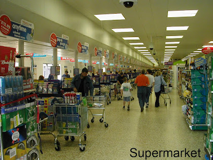 advantages and disadvantages of supermarket