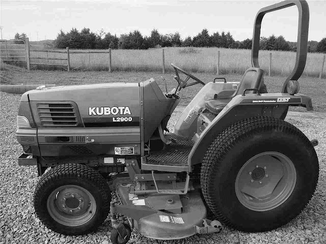 KUBOTA L2900DT L2900F L2900 DT F TRACTOR PARTS MANUALs