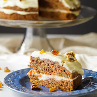 Carrot Cake With Raisins And Walnuts Recipes.