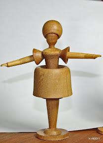 Zweite von 3 Figurinen, 1919 - naturbelassen
