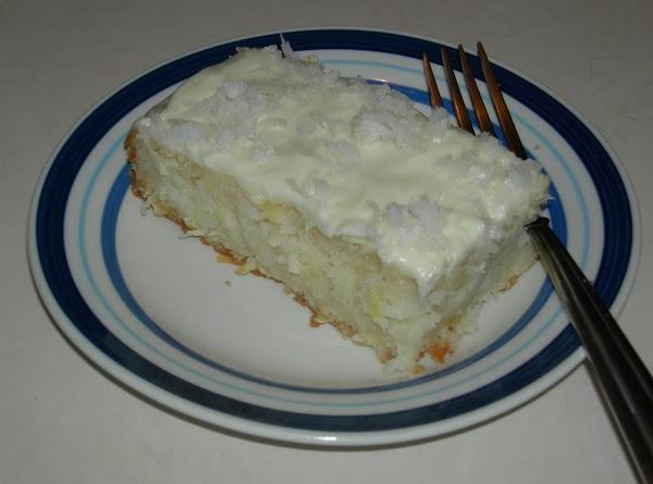 Pina Colada Cake & Cream Cheese Frosting Recipe