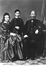 Photo: N.Rericho senelis – Fridrichas Rerichas su žmona Doris Porep ir sūnumi Aleksandru (12-kos metų) 1866 metais, Tukums.