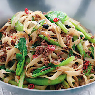 Beef in Black Bean Sauce with Rice Noodles