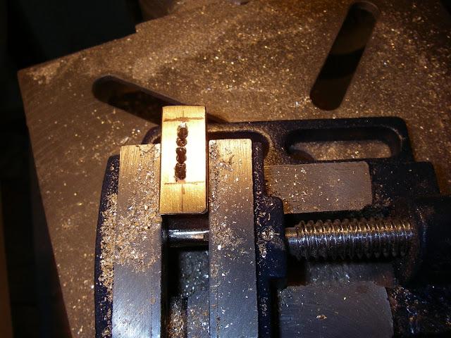 Как сделать пазы в металле 89