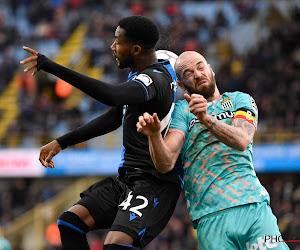 """Frustration maximale pour Charleroi : """"Il faut n'avoir jamais joué au foot pour penser qu'il n'y a pas faute"""""""