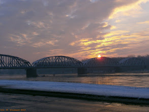 Photo: EN57-?, Toruń Główny - Toruń Wschodni, na moście kolejowym {szlak Toruń Główny - Toruń Miasto; 2013-02-13}