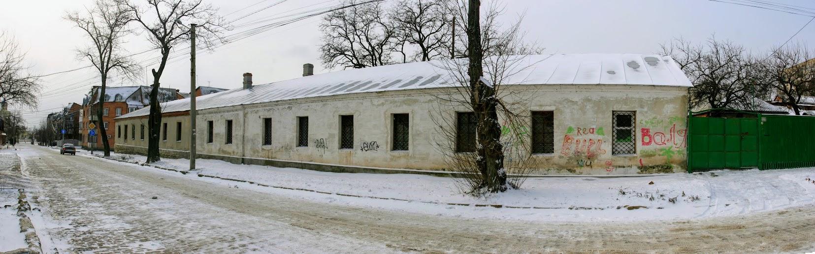 https://sites.google.com/site/istoriceskijtaganrog/polurotnyj-pereulok/dom-16