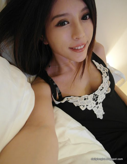 Julie Chang 張齊郡