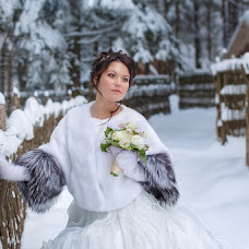 Wedding photographer Vladimir Minakov (minvareg). Photo of 09.02.2013