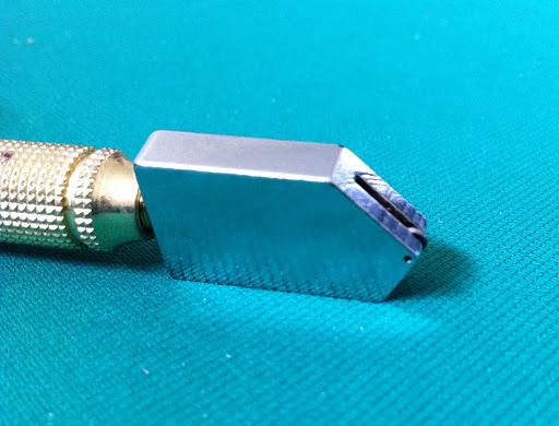 Cutter taglia vetro ceramica piastrelle manico ottone ebay for Valutazione ottone usato