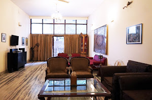 Hauz Khas Private Apartment