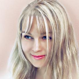 Irina by Sergey Kuznetsov - People Portraits of Women ( woman, beauty, young, model, blonde )