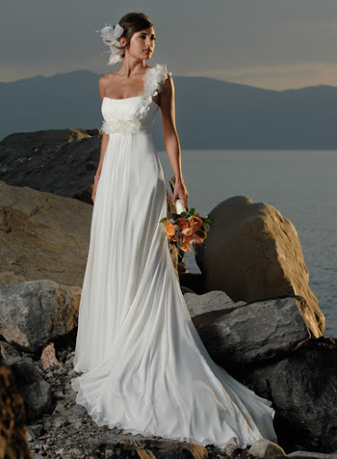 romantic one shoulder bridal gown