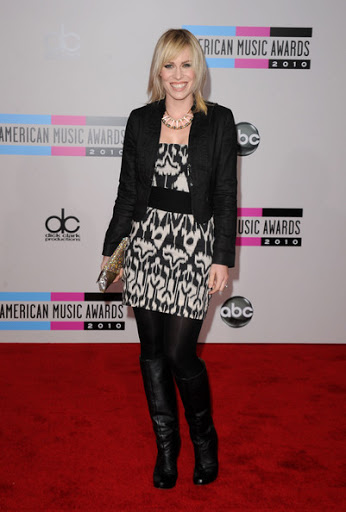 Natasha Bedingfield Stylish Look at American Music Awards 2010