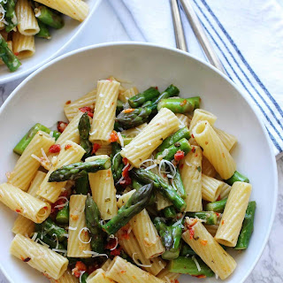 Pasta with Asparagus and Sun Dried Tomatoes