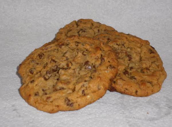 Giant English Toffee-Chocolate Chip Cookies image