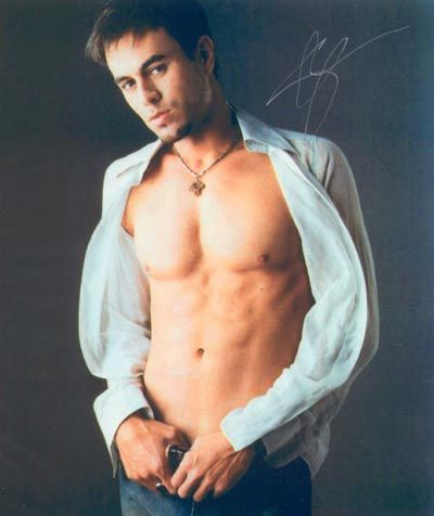 Enrique Iglesias Hairstyle on Spectacular Enrique Iglesias   Hairstyle S Photos Revealed