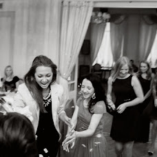 Wedding photographer Olga Komarova (Curly). Photo of 08.10.2014