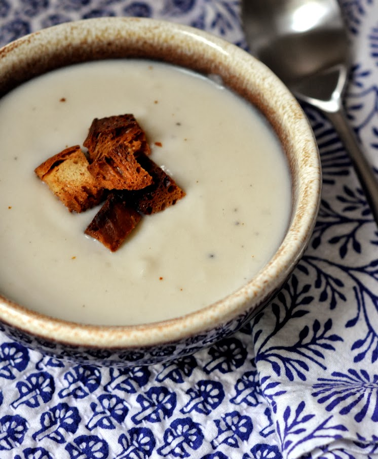 Creamed Cauliflower Soup