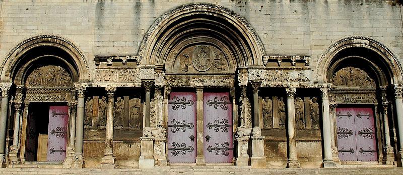Simmetrie nella Chiesa di San Gilles di benny48