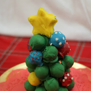 OREO Cookie Balls Christmas Tree!
