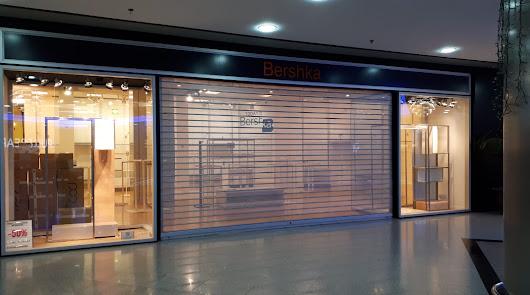 Comienza el cierre de locales en el Centro Comercial Mediterráneo