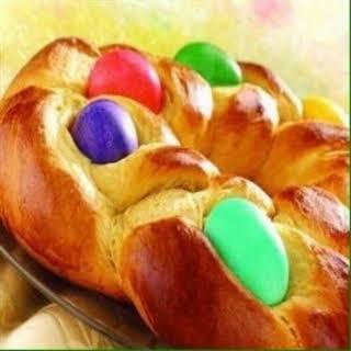 Easter Egg Bread Ring.