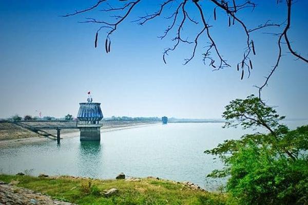 Hồ Dầu Tiếng địa điểm du lịch hấp dẫn tại Dương Minh Châu