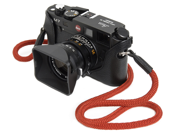Artisan & Artist ACAM 301 Silk Cord Camera Strap (Red)