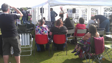 Photo: The acoustic stage really made for a relaxing afternoon