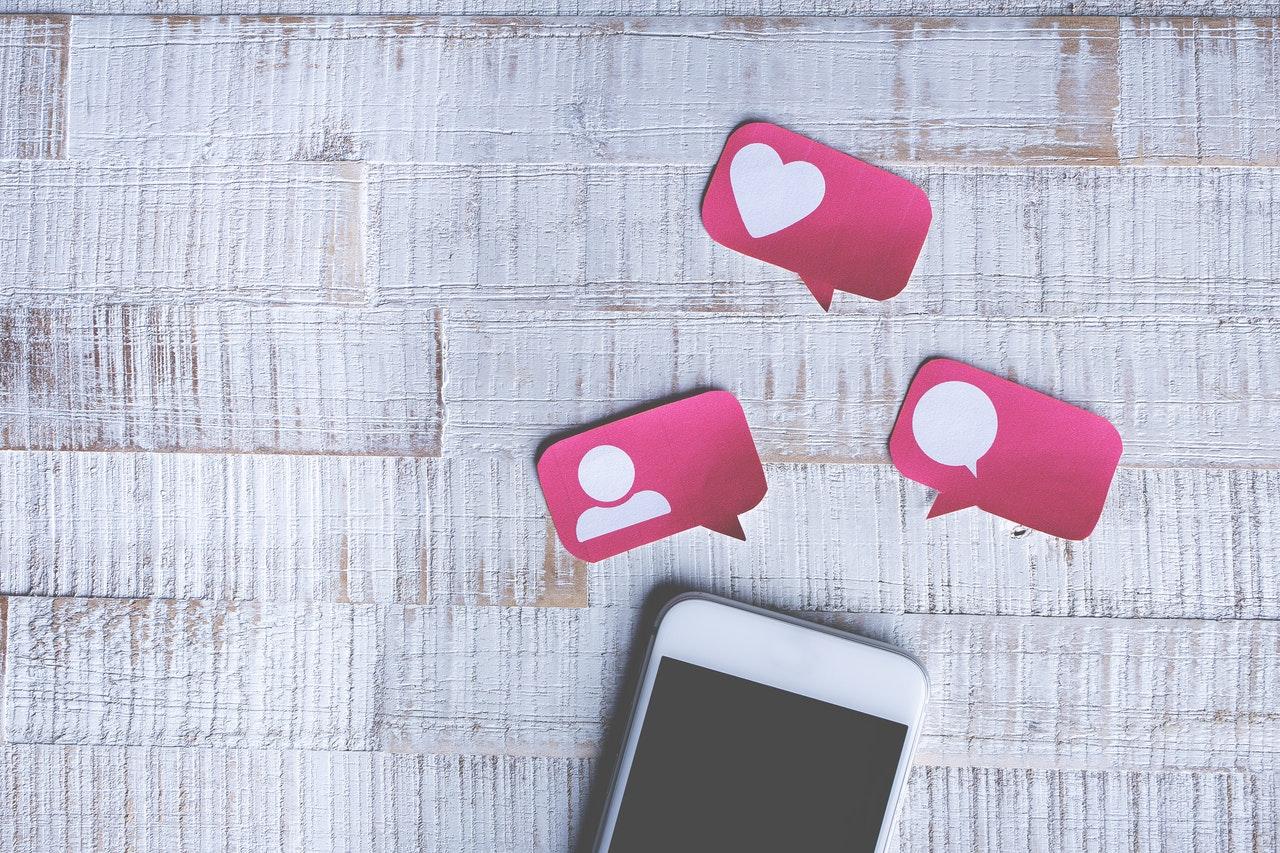 Consumer support Tech: Social Media