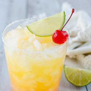 Skinny Tequila Sunrise Margarita.