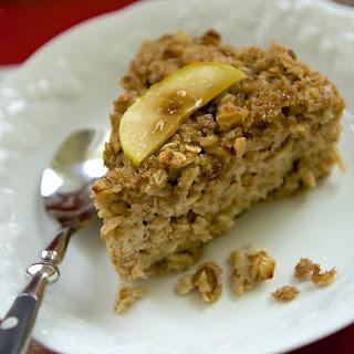 Overnight Crunchy Top Apple Cinnamon Baked Oatmeal.