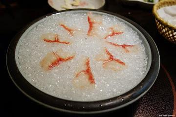 雲之南麗江斑魚火鍋
