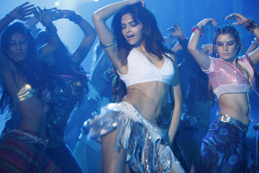 Deepika Padukone Hot Photos From Dum Maro Dum Movie