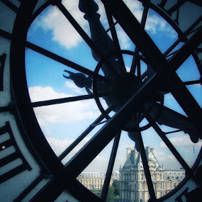 Clock Musée D'Orsay by Lise Bertrand - Buildings & Architecture Architectural Detail